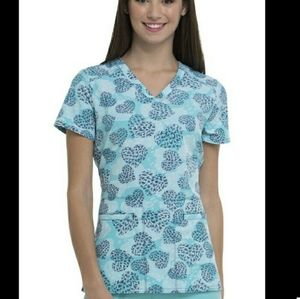 """Heart soul """"Vacation Vibes""""  scrub top"""